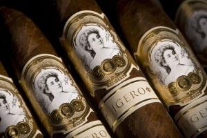 Сигары La Palina Collection Goldie Laguito No 2 – выпуск в тысячу коробок