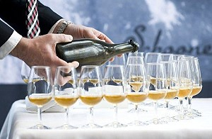 Самое старое в мире шампанское будет продано с аукциона