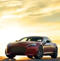 Aston Martin Rapide S 2013 года - роскошный спортивный автомобиль