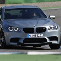 BMW M5 2014 года - роскошный автомобиль