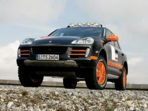 Porsche представил модернизированную модель Cayenne S Transsyberia