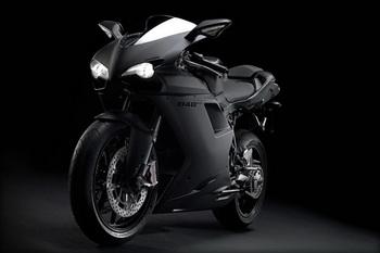 Ducati представил обновленный байк 848 EVO