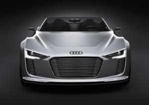 Audi e-tron Spyder - новое пополнение экологически чистых спорткаров