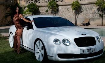 Тюнинг-студия Dartz «оденет» Bentley в змеиную кожу