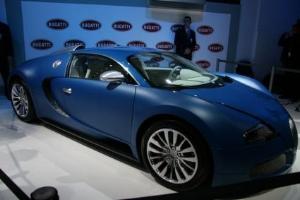 Bugatti Veyron Bleu Centenaire – герой салона в Женеве