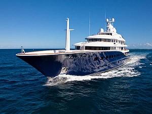 Самая большая яхта Америки выставлена на продажу