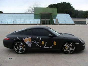 Porsche 911 получил отделку китовой кожей