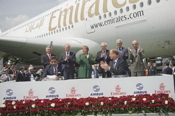 Emirates закупает самолеты на сумму 11,5 миллиардов долларов