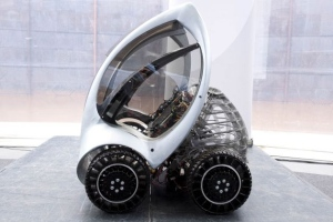 Складной электромобиль появится в продаже в 2013 году
