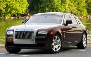 Rolls-Royce отзывает Ghost 2010 года в связи с возможным возгоранием двигателя
