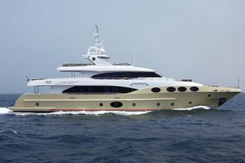 Gulf Craft отправит свою супер яхту Majesty 125 в Канны