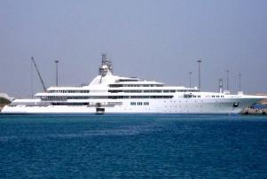 Эмир Дубая продемонстрировал самую большую в мире яхту