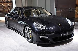 Porsche Panamera Turbo S: самый быстрый серийный седан