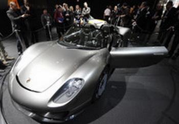 Porsche представил свой самый дорогой автомобиль