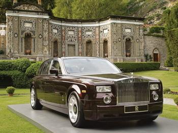 Rolls-Royce, Bentley и Maybach названы самыми престижными автомобилями