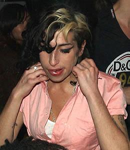 Эми Уайнхаус потратила 14,5 миллионов долларов на вечеринки
