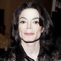 Майкл Джексон снова стал жертвой скандала