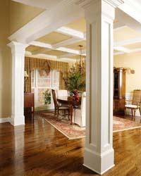 Колонны в интерьере гостиной: материал и функциональность
