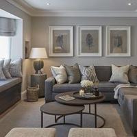 Серый диван в интерьере: безграничные возможности