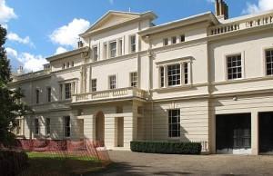 Абрамович купил особняк на самой дорогой улице Великобритании