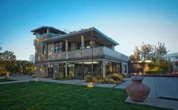 Дом Питера Рекелла в Брентвуде выставлен на продажу