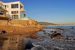 Пляжный дом Барри Манилова в Малибу выставлен на продажу