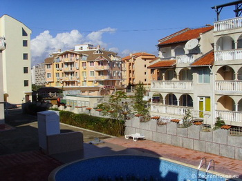 Цены на недвижимость в Болгарии все еще падают