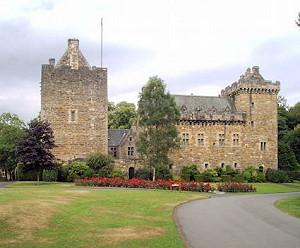 Старинный шотландский замок выставлен на продажу