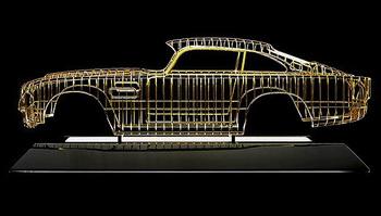 Золотая копия Aston Martin DB5 от Dante