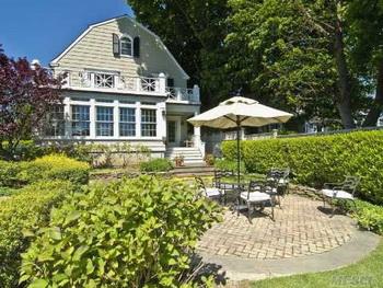 «Нехороший» дом в Амитивилле выставлен на продажу