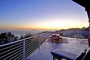 Солист Backstreet Boys продал дом в Лос-Анджелесе