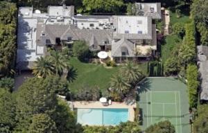 Мадонна продает дом в Беверли-Хиллс за 28 миллионов долларов