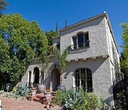 Вокалист группы 311 продал особняк в Лос-Анджелесе за 1,64 миллиона долларов