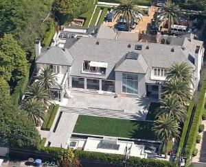 Саймон Коуэлл установил личный солярий в особняке стоимостью в 22 млн. долларов