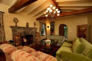 Бывший дом Сонни Боно выставлен на продажу