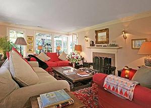 Тейлор Свифт купила дом в Беверли-Хиллз
