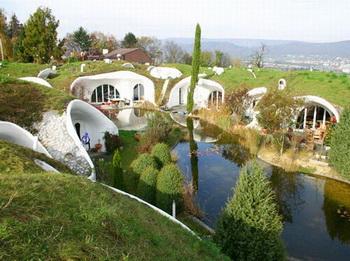Очарование подземных домов от Vetsch Architektur
