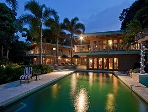 Во Флориде на продажу выставлен дом, построенный в морском стиле