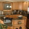 Интерьер малогабаритной кухни: для всего найдется место