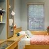 Дизайн маленькой комнаты для подростка - где хранить вещи