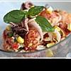 Салат из морепродуктов: исключительно полезное удовольствие